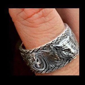 Gucci ring : sterling silver feline
